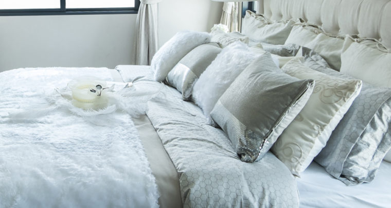 How To Arrange Your Bed Pillows To Make Your Bed More Beautiful