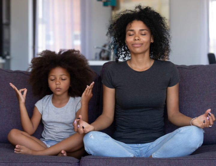 10 Ways Parents Can Practice Mindfulness With Their Kids