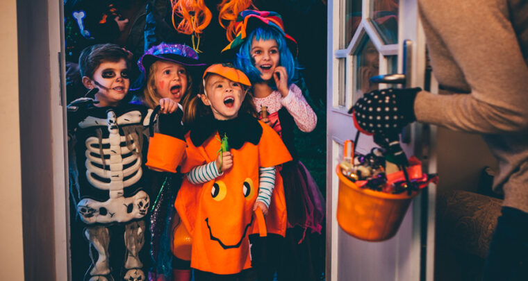 Is It Safe To Go Trick-Or-Treating This Year? You'll Need To Take Some Precautions