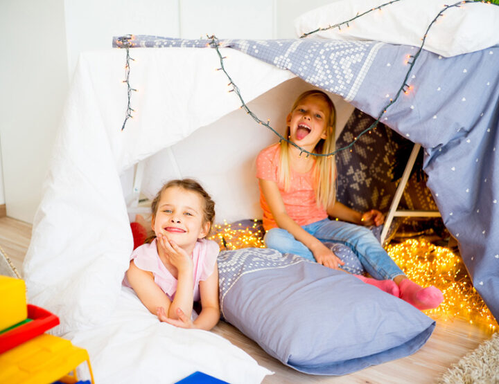 10 Ways To Host An Amazing Slumber Party That's Big On Snacks...And Sleep
