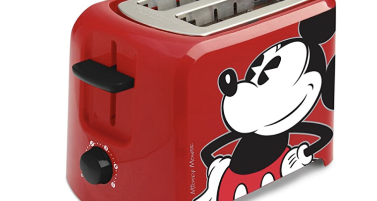 This Retro Disney Micky Mouse Toaster Will Make Breakfast So Much Better